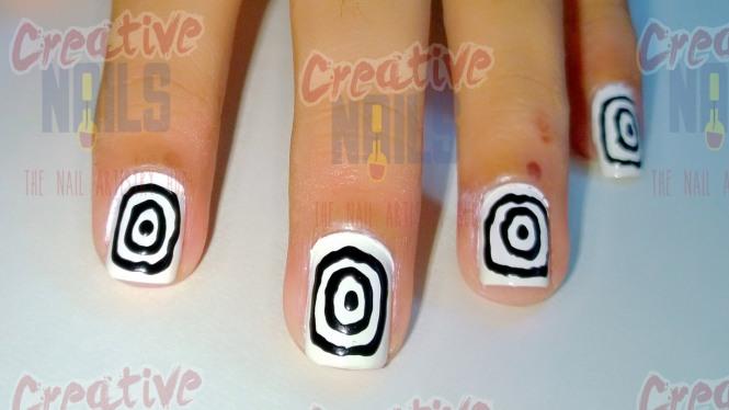 Bulls Eye Nail Art