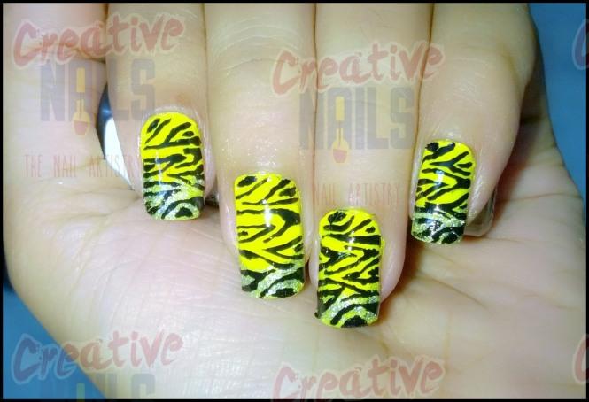 Tiger Print Nail Design