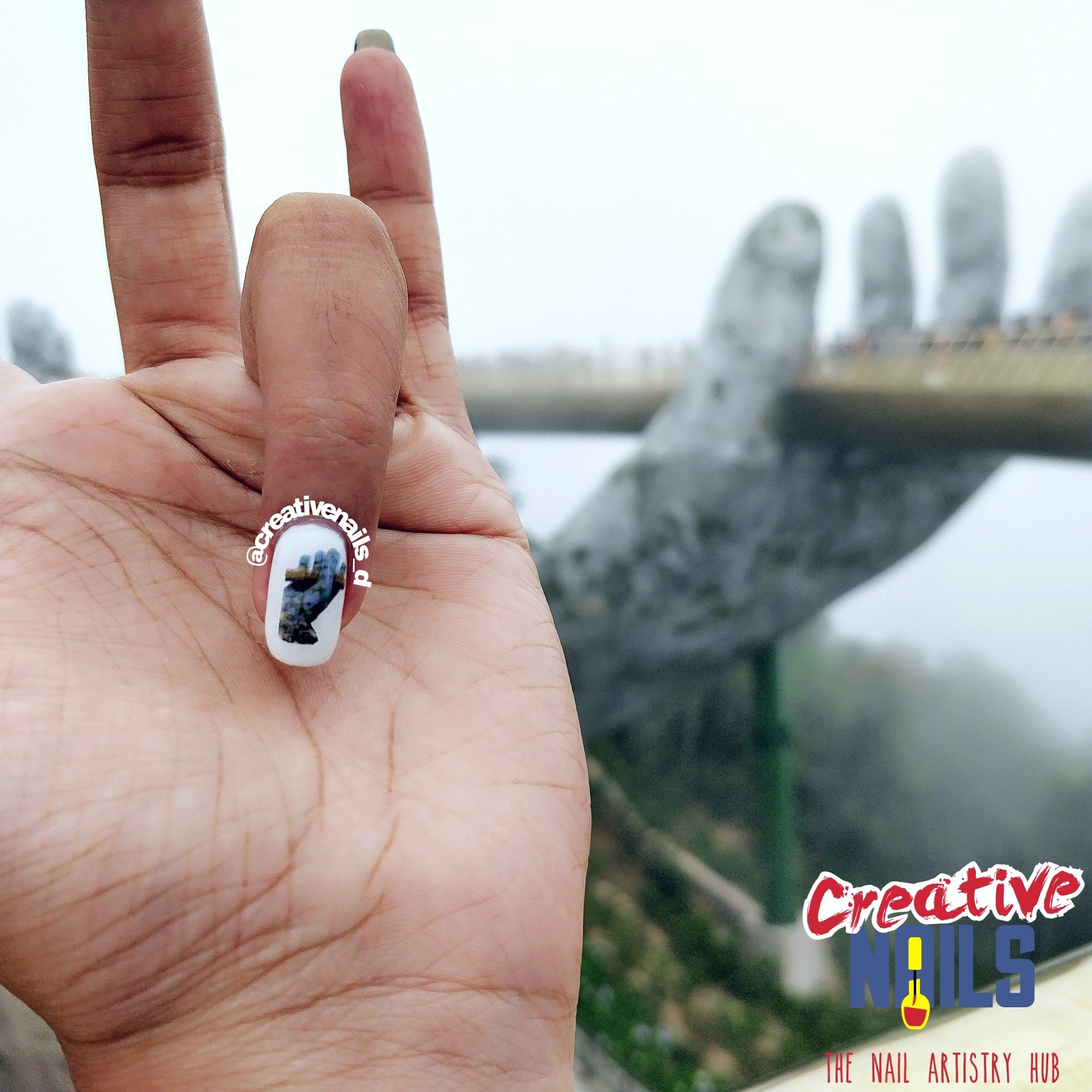 Photo Nail Art - Golden Bridge, Ba Na Hills